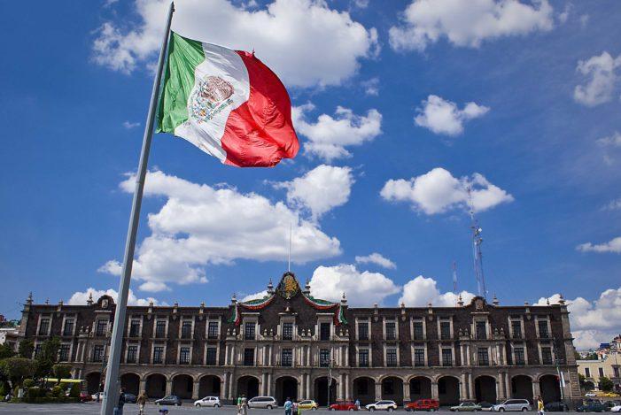 Economía política con equidad para México 2019